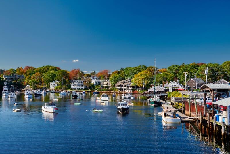 Vissersboten in Perkins Cove, Maine, de V.S. worden gedokt die stock afbeelding