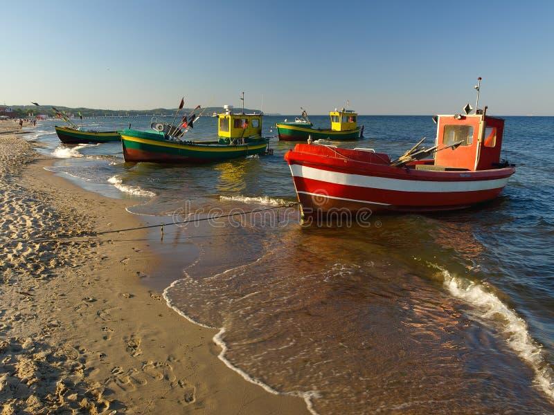 Vissersboten in Sopot stock afbeeldingen