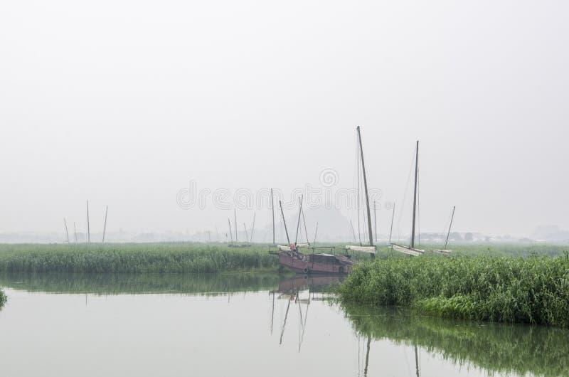 Vissersboten in Taihu-Meer stock foto's