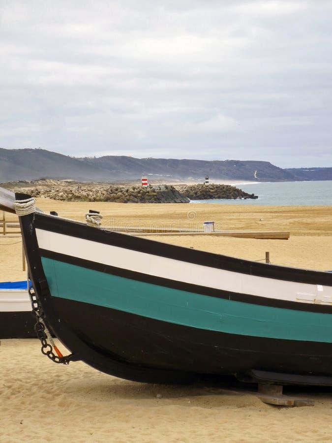Vissersboten van Nazare stock afbeelding