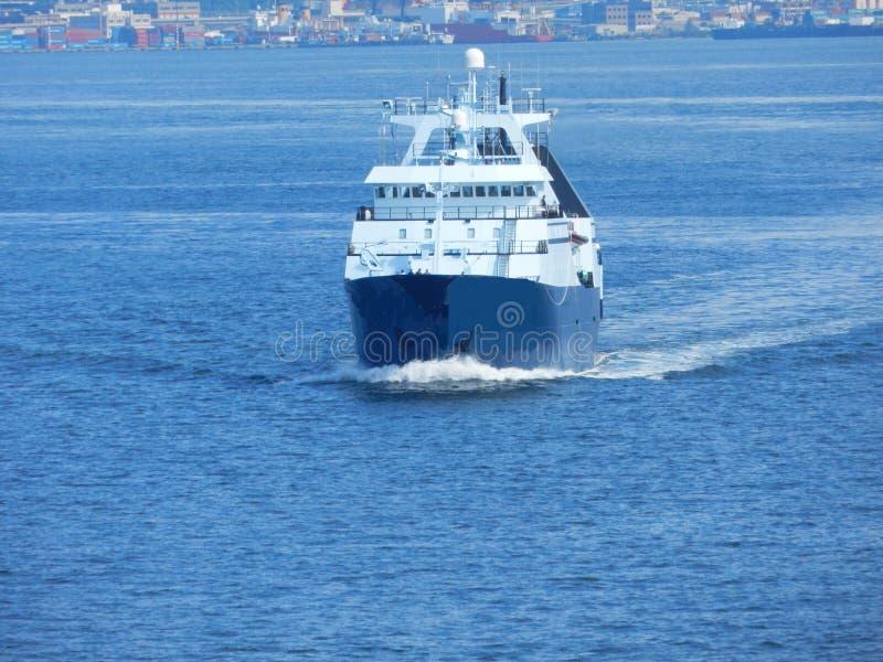 Vissersvaartuig stock afbeelding