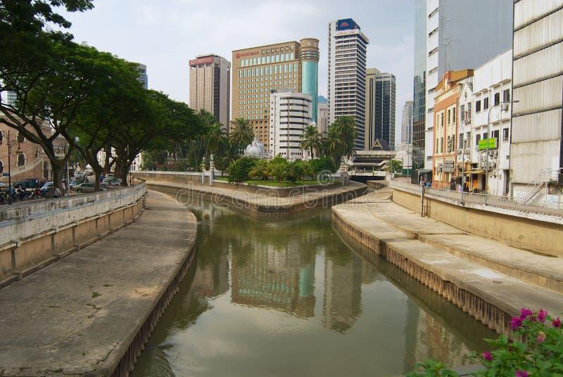 Vista à afluência dos rios de Klang e de Gombak em Kuala Lumpur, Malásia imagens de stock royalty free