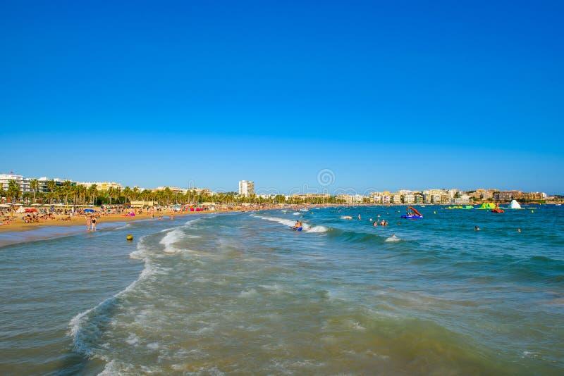 Vista à praia Costa Dorada, Salou, fotografia de stock royalty free