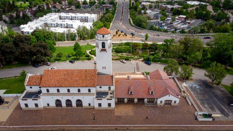 Vista única del depósito de tren en Boise Idaho de la antena y detrás fotos de archivo
