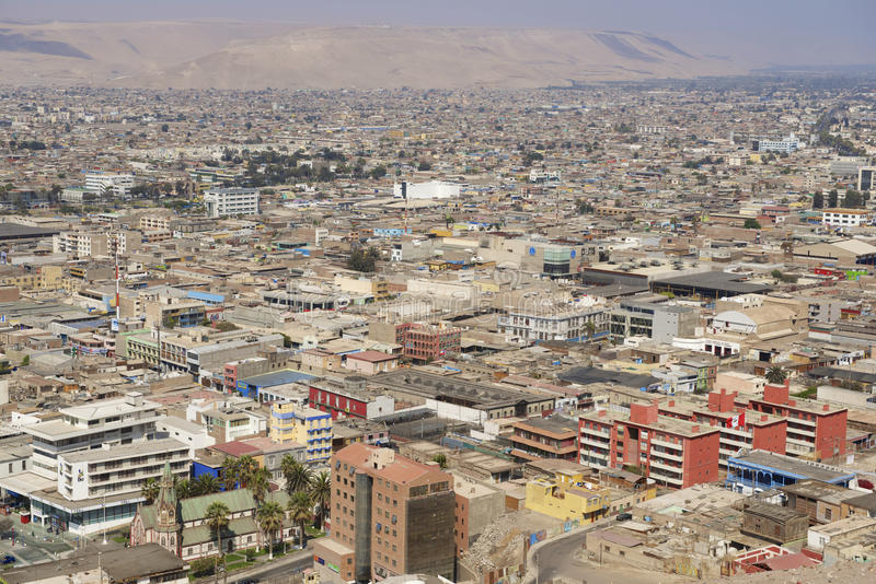 Vista aérea à cidade de Arica do monte do EL Morro, o Chile foto de stock