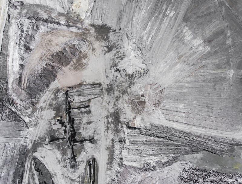 Vista aérea da areia do poço aberto no Polônia fotos de stock royalty free
