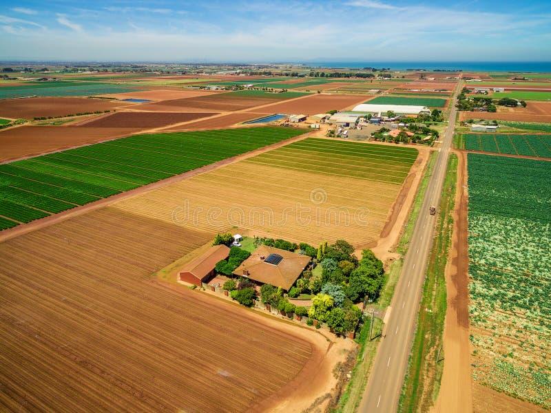 Vista aérea da casa rural fotos de stock royalty free