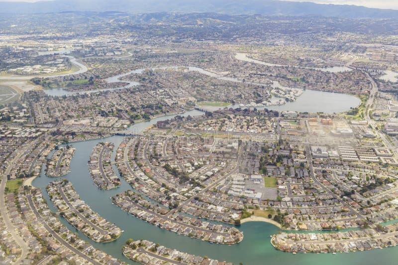 Vista aérea da cidade adotiva bonita perto de San Francisco imagens de stock royalty free