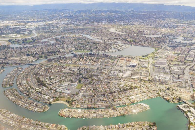 Vista aérea da cidade adotiva bonita perto de San Francisco imagens de stock
