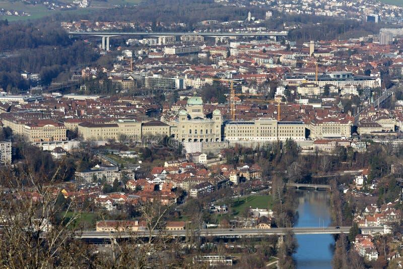 Vista aérea da cidade de Berna fotografia de stock
