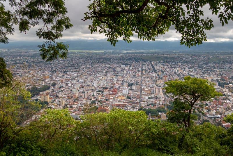 Vista aérea da cidade de Salta - Salta, Argentina fotografia de stock