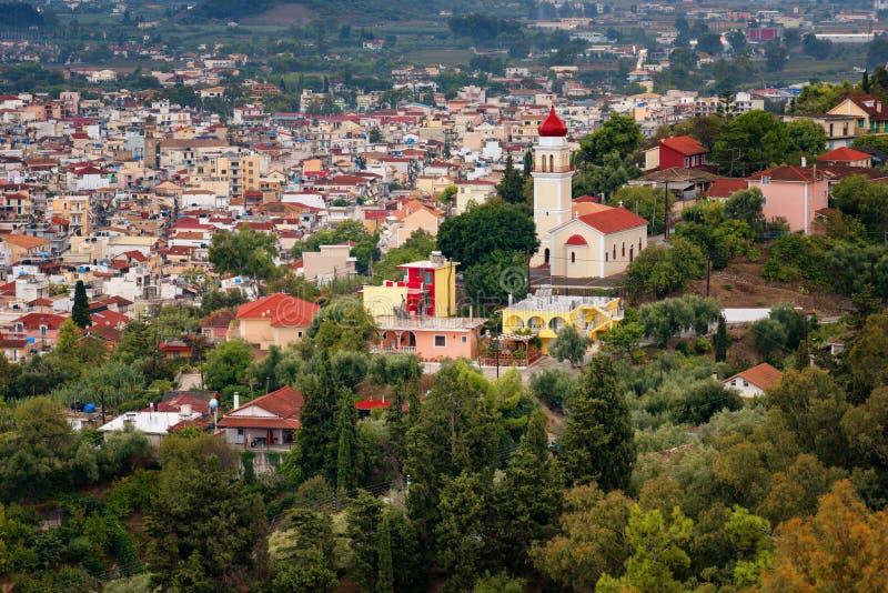 Vista aérea da cidade de Zakynthos Zante, Grécia Manhã do verão no mar Ionian Panorama bonito da arquitetura da cidade da cidade  fotografia de stock royalty free