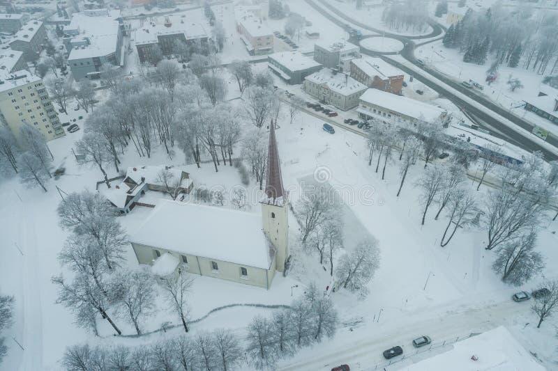 Vista aérea da cidade em um dia de inverno frio imagem de stock