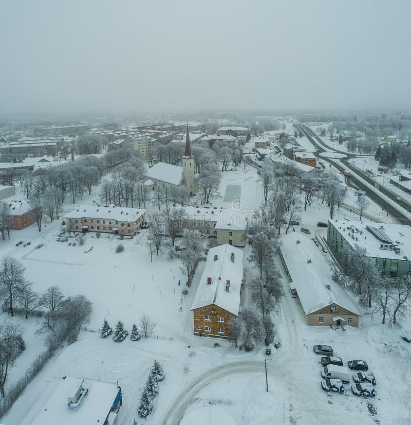 Vista aérea da cidade em um dia de inverno frio imagens de stock royalty free