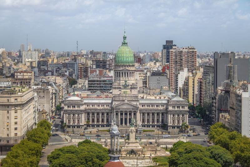 Vista aérea da construção do congresso nacional na plaza Congreso - Buenos Aires, Argentina imagem de stock royalty free