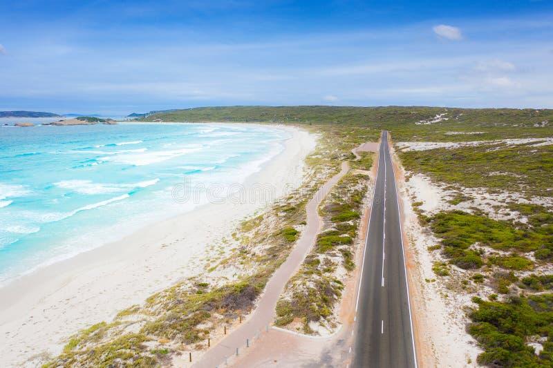 Vista aérea da grande estrada em Victoria, Austrália do oceano imagens de stock royalty free