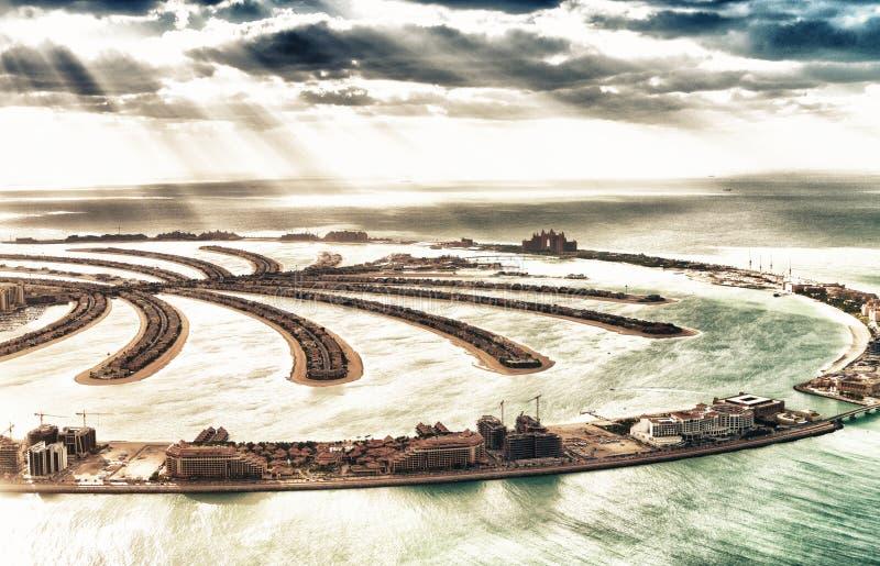 Vista aérea da ilha de Jumeirah da palma de Dubai, UAE fotos de stock
