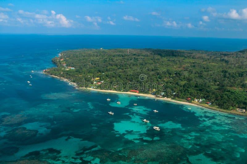 Vista aérea da ilha de milho de Nicarágua fotografia de stock royalty free