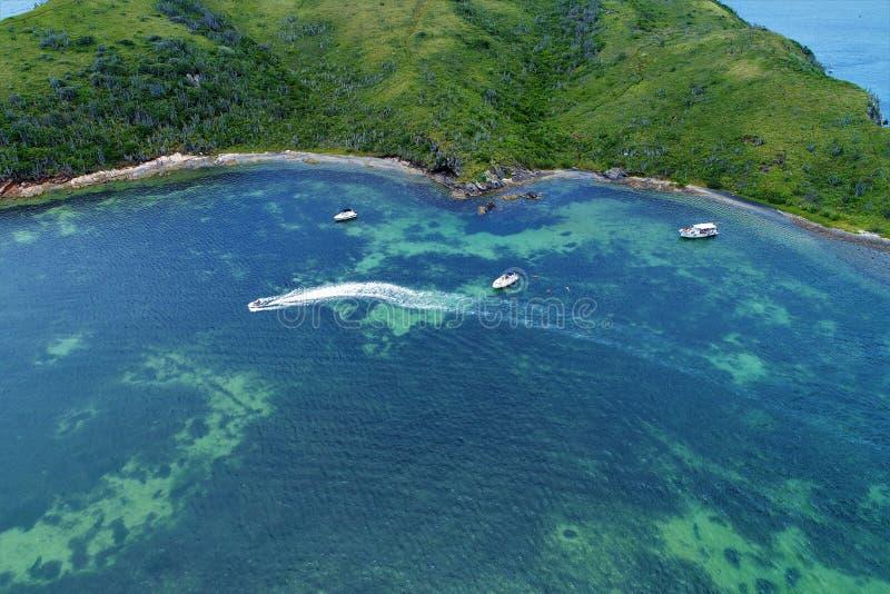 Vista aérea da praia do forte na praia de Cabo Frio, Rio de janeiro, Brasil fotografia de stock