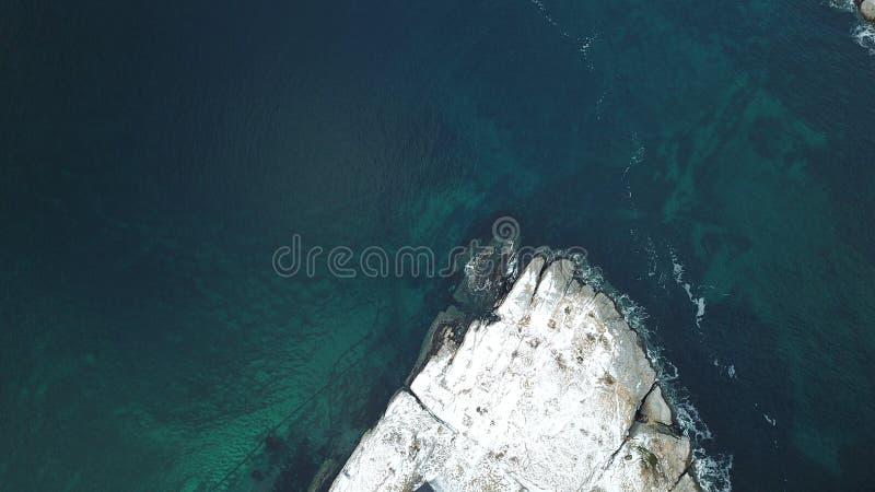 Vista aérea da vila de Hamnoy, ilha de Lofoten, Noruega na estação do inverno foto de stock