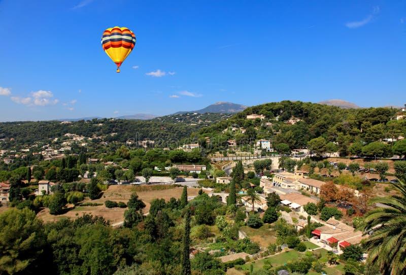 Vista aérea da vila de Saint-Paul France imagem de stock royalty free