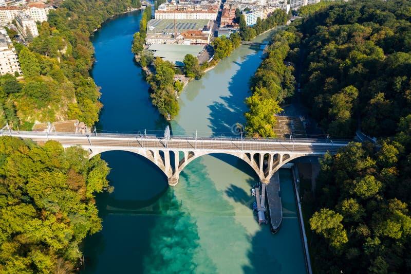 Vista aérea de Arve un río Rhone confluente en Ginebra Switzerl fotos de archivo