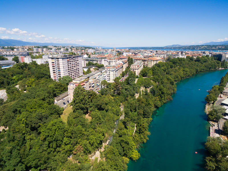 Vista aérea de Arve un río Rhone confluente en Ginebra Switzerl imagen de archivo