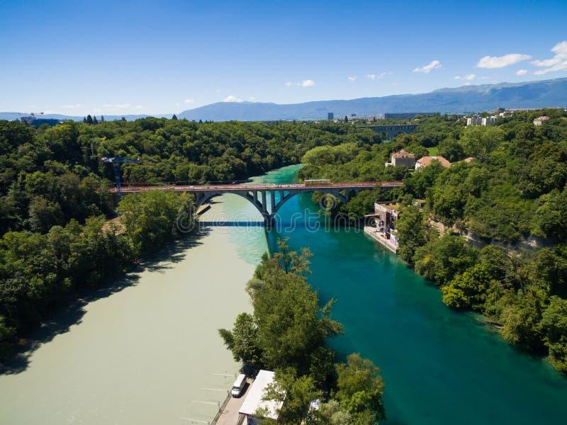 Vista aérea de Arve un río Rhone confluente en Ginebra Switzerl imagen de archivo libre de regalías