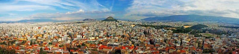 Vista aérea de Athen con la colina de Lycabettus foto de archivo libre de regalías