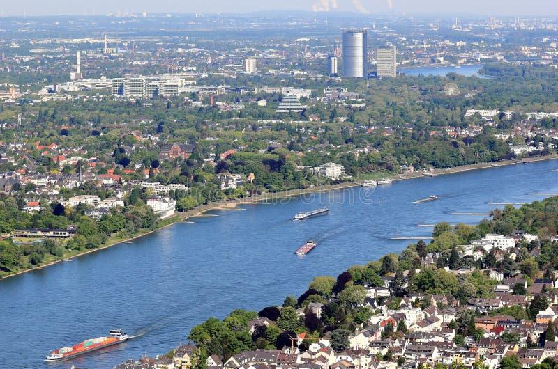 Vista aérea de Bonn y del río Rhine alemania imagenes de archivo