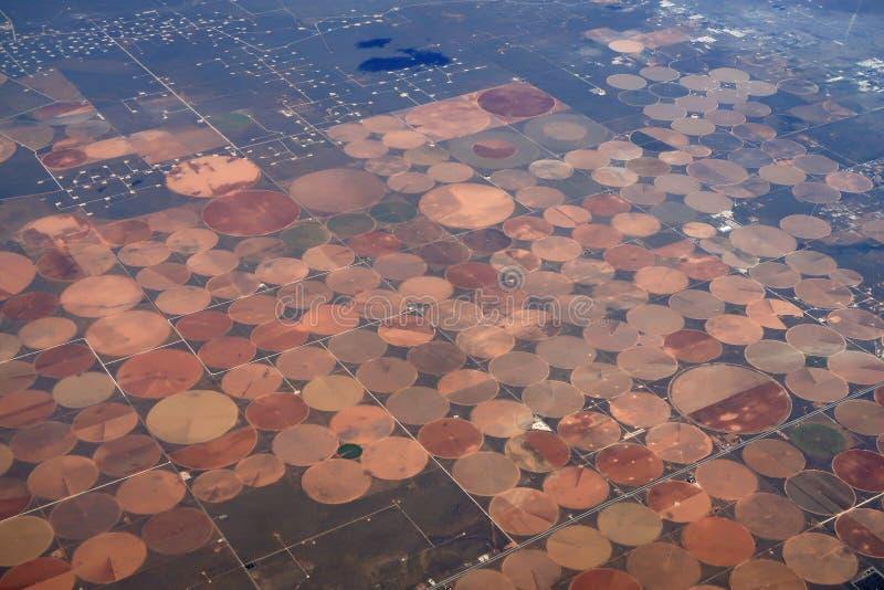 Vista aérea de campos irrigados circulares fotografía de archivo libre de regalías