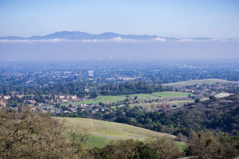 Vista aérea de Cupertino e de San Jose, Silicon Valley foto de stock