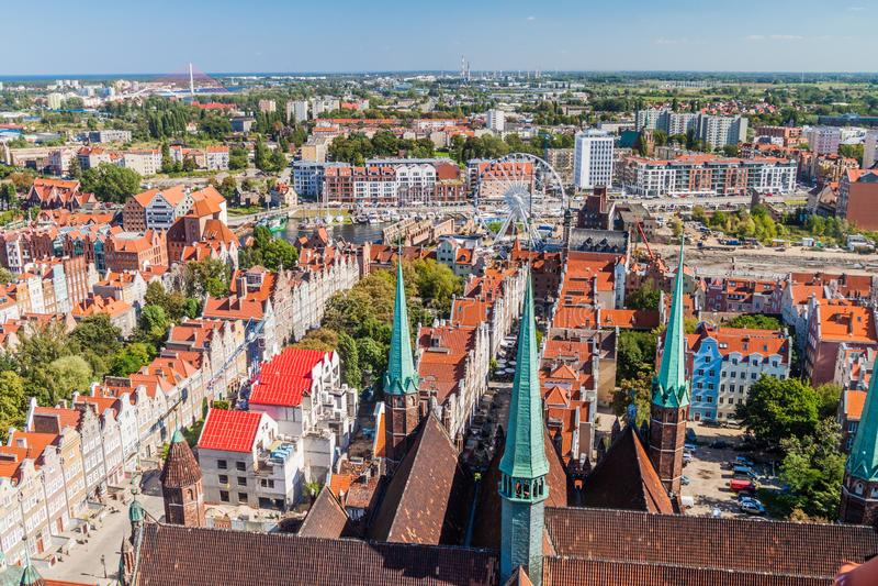 Vista aérea de Gdansk, Polônia Tomado da torre do Churc de St Mary imagens de stock