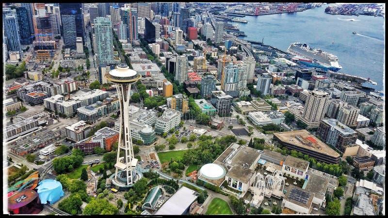 Vista aérea de la aguja del espacio de Seattle imagen de archivo