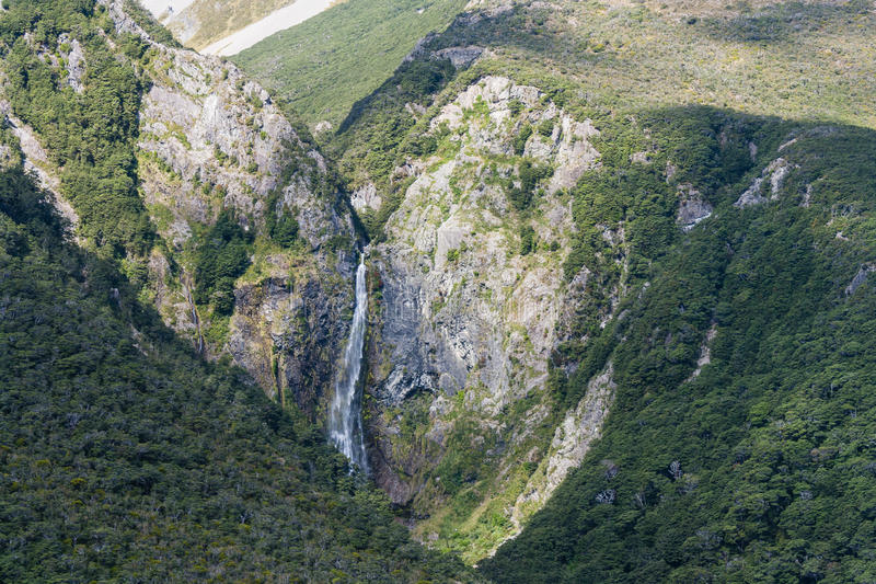 Vista aérea de la cascada de Punchbowl de los diablos foto de archivo libre de regalías