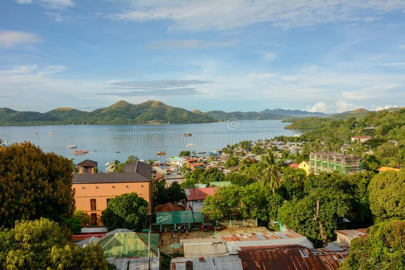 Vista aérea de la ciudad de Coron, isla de Busuanga Palawan - Filipinas fotos de archivo libres de regalías
