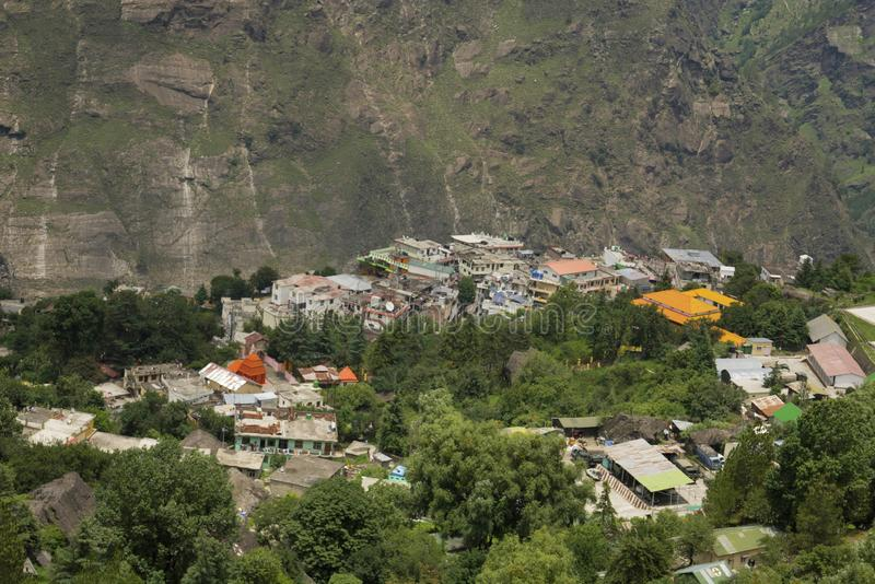 Vista aérea de la ciudad de Joshimath, distrito de Chamoli, Uttarakhand, la India imagen de archivo