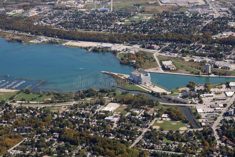 Vista aérea de la ciudad de Owen Sound Ontario Canadá 5 de octubre de 2019 imagen de archivo