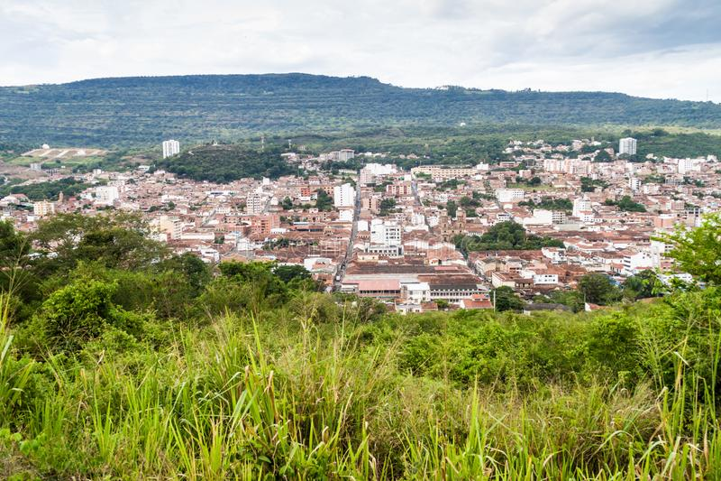 Vista aérea de la ciudad de San Gil fotos de archivo