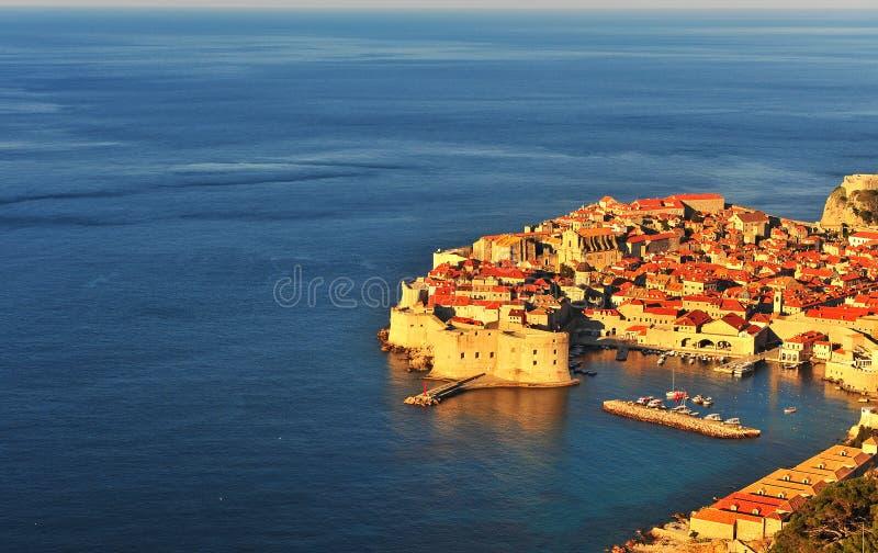 Vista aérea de la ciudad vieja de Dubrovnik, Croacia fotografía de archivo