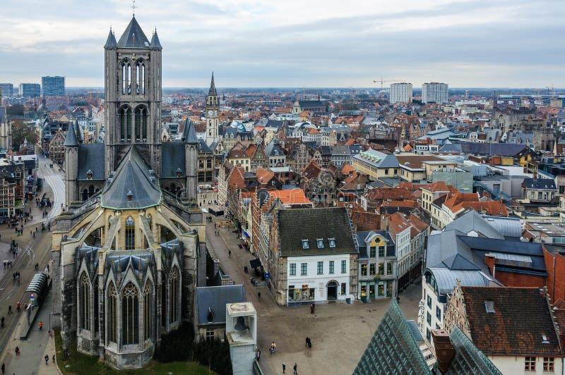 Vista aérea de la ciudad vieja en Gante, Bélgica fotos de archivo