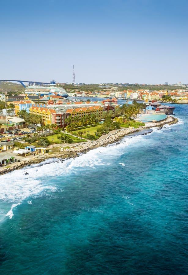 Vista aérea de la ciudad de Willemstad en Curaçao imágenes de archivo libres de regalías