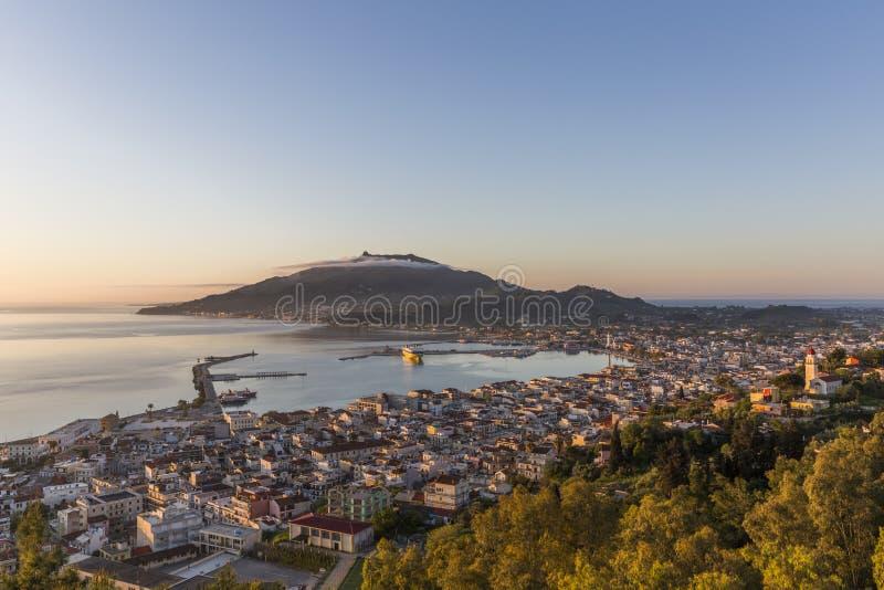 Vista aérea de la ciudad de Zakynthos, la capital de la isla de Zakynthos fotos de archivo libres de regalías