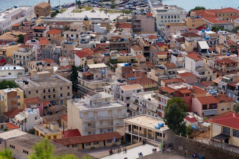 Vista aérea de la ciudad de Zakynthos Zante, Grecia Mañana del verano en el mar jónico Panorama hermoso del paisaje urbano de la  foto de archivo
