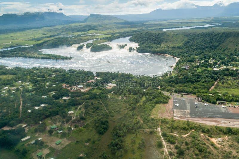Vista aérea de la laguna de Canaima imagen de archivo