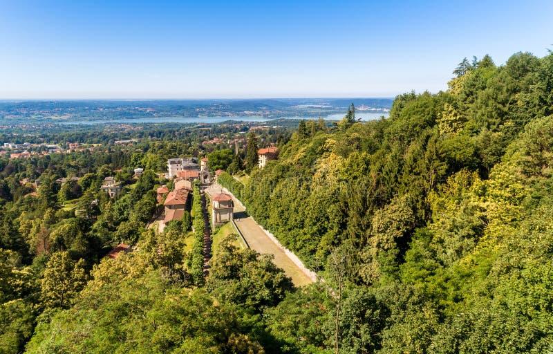 Vista aérea de la manera sagrada de soporte sagrado de Varese, sitio del patrimonio mundial de la UNESCO, Italia fotos de archivo libres de regalías