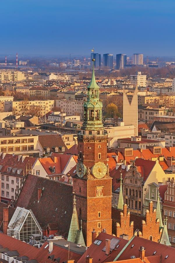 Vista aérea de la mirada fija Miasto con la plaza del mercado, ayuntamiento viejo y la iglesia del St Elizabeth de St Mary Magdal imagen de archivo libre de regalías