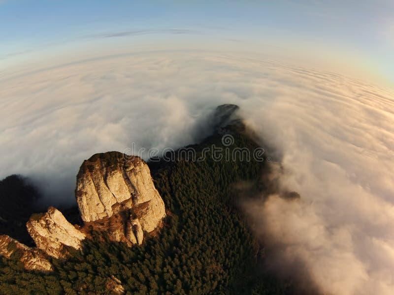 Vista aérea de la montaña del abejón imagenes de archivo