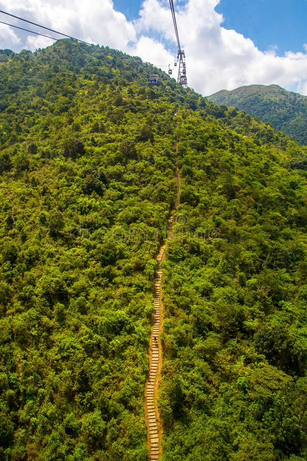 Vista aérea de la pista de senderismo de la isla de Lantau fotos de archivo libres de regalías