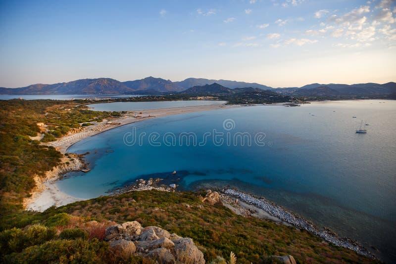Vista aérea de la playa de Villasimius, Cerdeña, Italia fotos de archivo libres de regalías